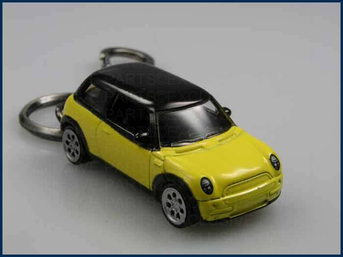 porte cl s mini one cooper s d nouveau porte cl jaune ebay. Black Bedroom Furniture Sets. Home Design Ideas